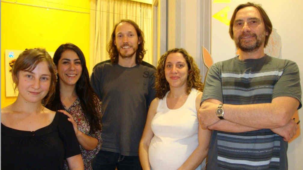 Integrantes del Laboratorio de Bioantropología: Maia Paura, Angelina García, Rodrigo Nores, Mariana Fabra y Dario Demarchi.