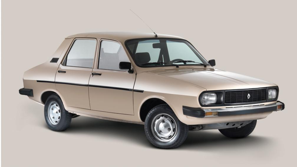 """UN """"BOOM"""" AUTOMOTRIZ. Este modelo surgió en Francia, en 1970, y llegó a nuestro país en mayo del ´71. Su producción nacional comenzó en Industrias Kaiser Argentina (Gentileza Renault Argentina)."""