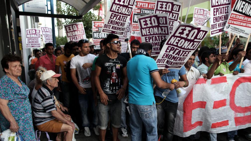 Protesta. Inmigrantes se manifestaron en Grecia contra las políticas xenófobas de Amanecer Dorado (AP).