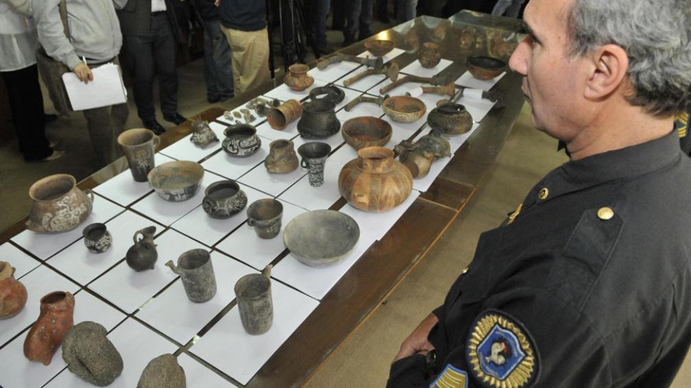 Exhibición. Las 58 piezas recuperadas en Buenos Aires. Estaban envueltas en diario, dentro de cajas y en un cuarto bajo llave en un edificio (Facundo Luque/LaVoz).
