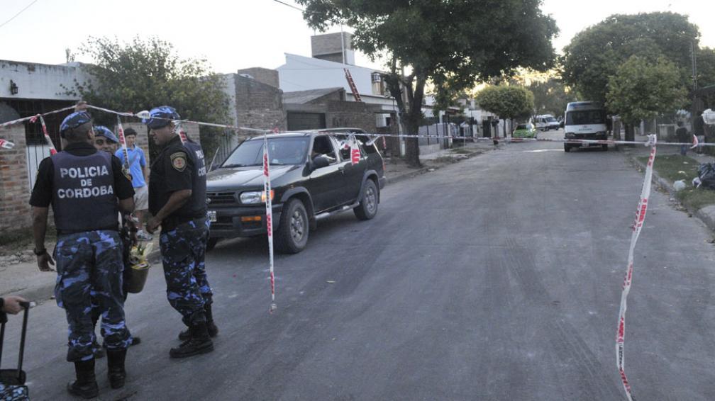 CRIMEN DE ROCÍO. Sigue con custodia la casa del detenido (La Voz/P. Castillo).