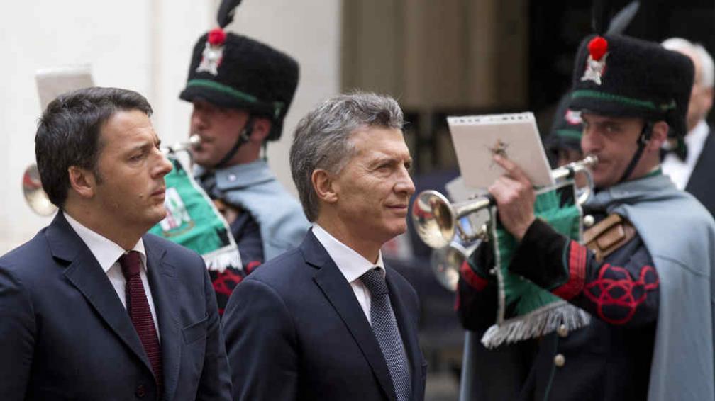 JUNTOS. Macri y el premier italiano, Renzi (AP).