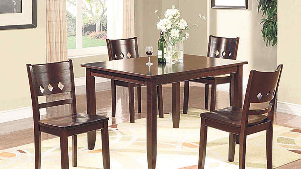 La mesa del comedor el centro de reuni n la voz del interior - Mesa del comedor ...