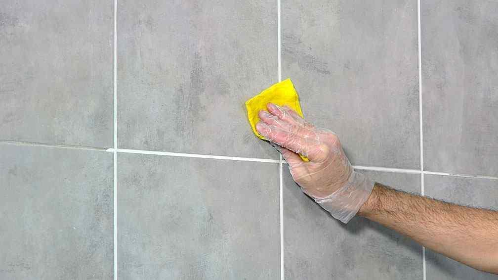Quitar Azulejos Baño Sin Romperlos:Cómo renovar la pastina de los azulejos