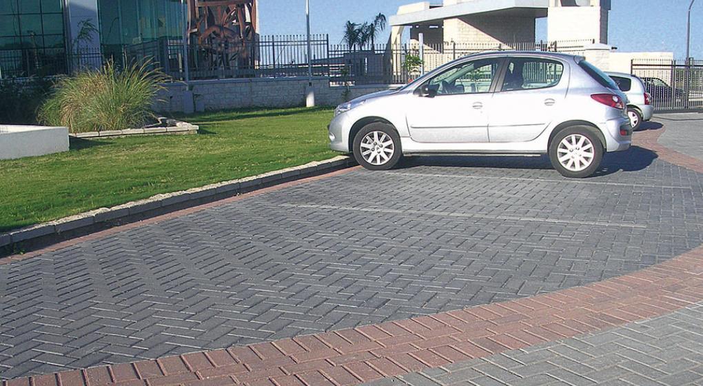 Pavimentos intertrabados una nueva superficie la voz for Adoquin para estacionamiento
