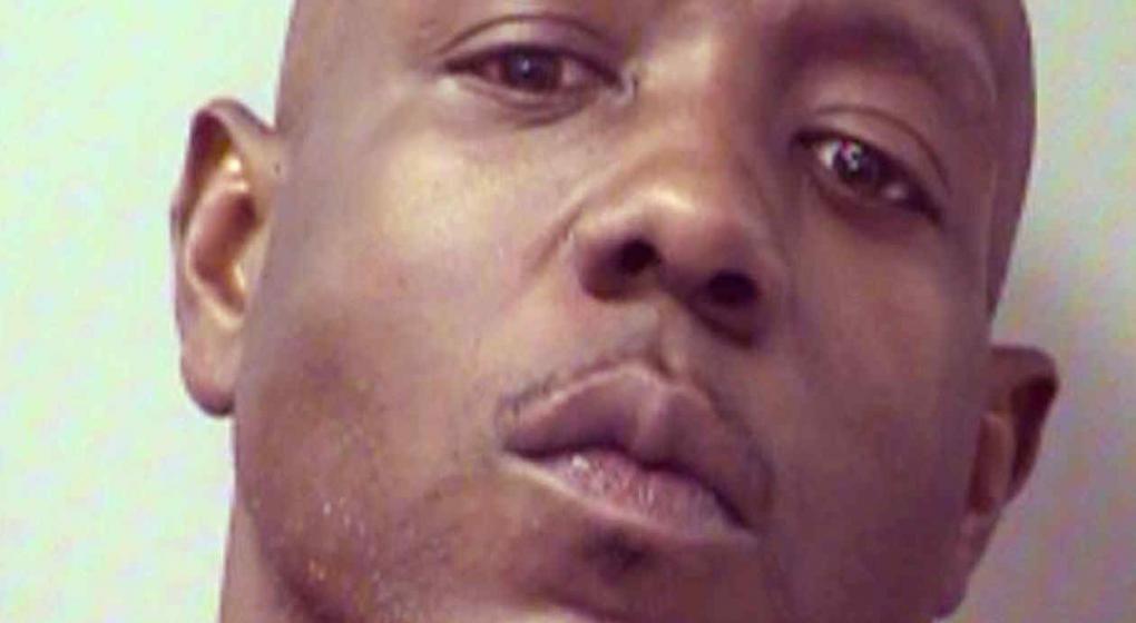 llam a la polic a dijo que era traficante de drogas y denunci el robo de coca na de su auto. Black Bedroom Furniture Sets. Home Design Ideas