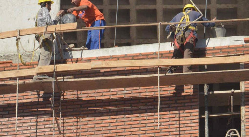 La provincia anunci subastas para construir 50 viviendas en r o ceballos noticias al instante - Subastas ministerio del interior ...