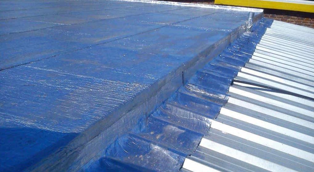 C mo colocar correctamente la membrana en un techo no - Pintura para techos con humedad ...