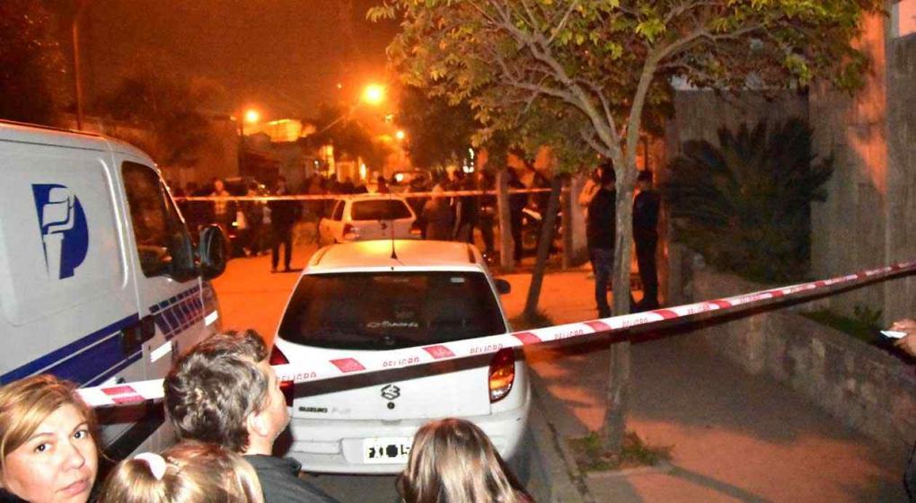 Misterio en Córdoba: una familia asesinada