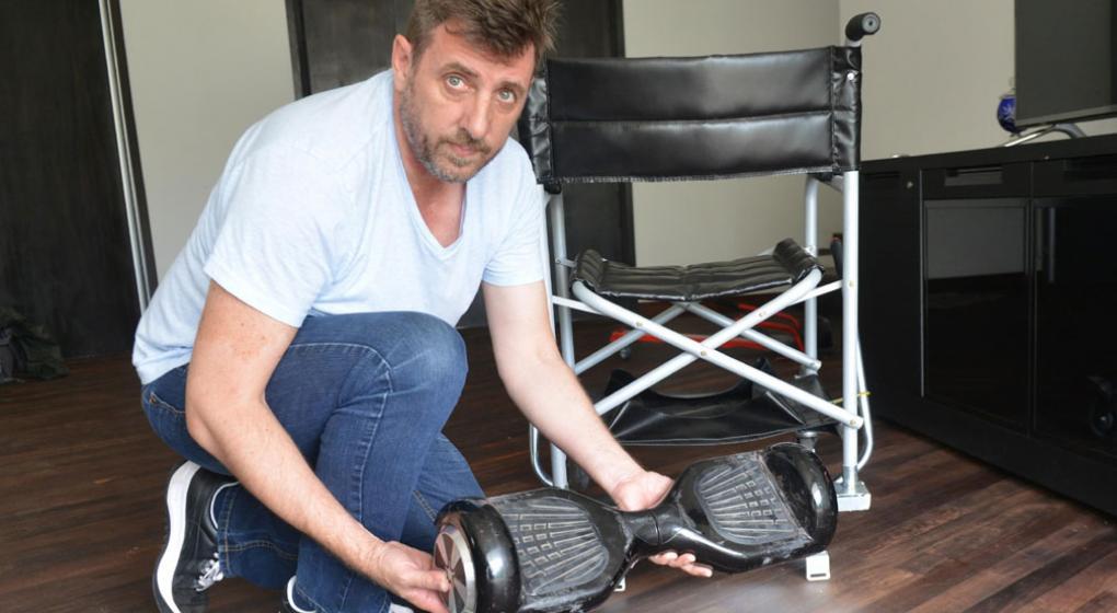 Invent una silla de ruedas el ctrica con una patineta for Sillas para hoverboard