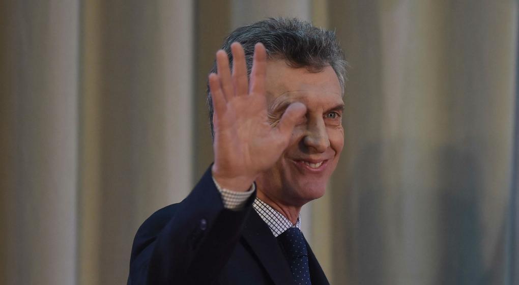 Macri y Cristina pelean con lo peor                                       2 de abril de 2017