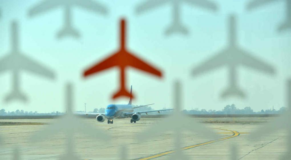El gobierno autorizó a volar a Flybondi