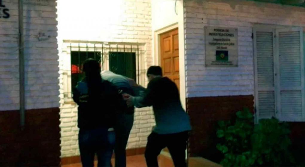 Detienen a un hombre acusado de violar y embarazar a su hija