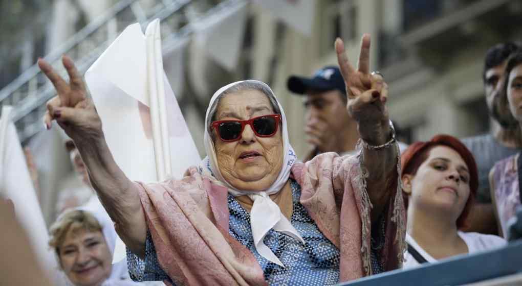 Decretaron la quiebra de la Fundación de Madres de Plaza de Mayo