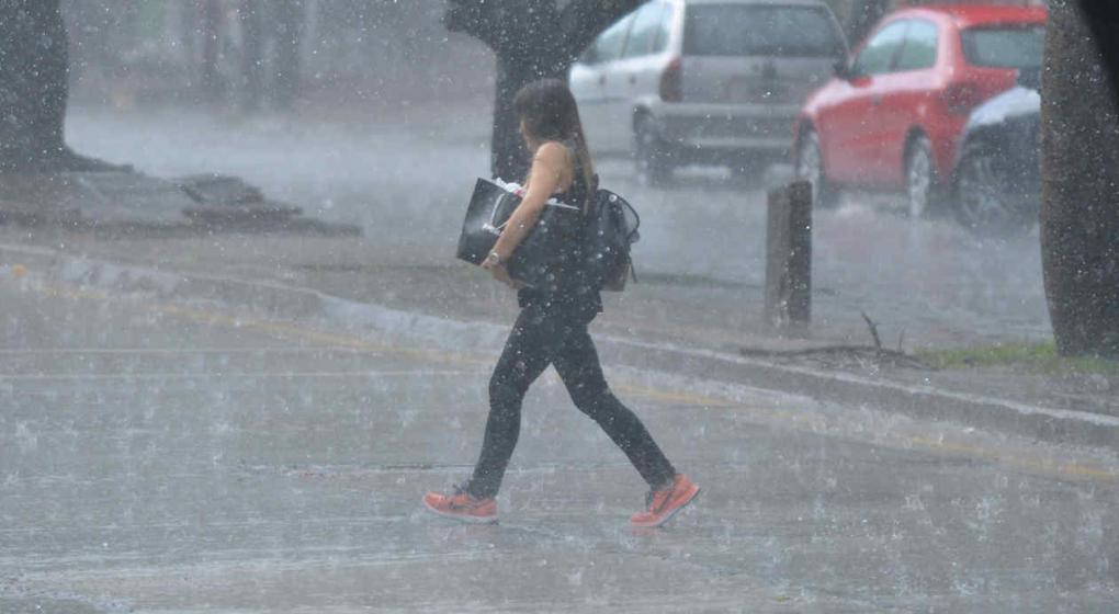 Se mantiene la alerta por tormentas fuertes en Córdoba