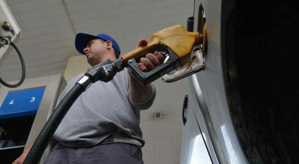 Volvería a subir la nafta, ahora entre 6 y 10 por ciento