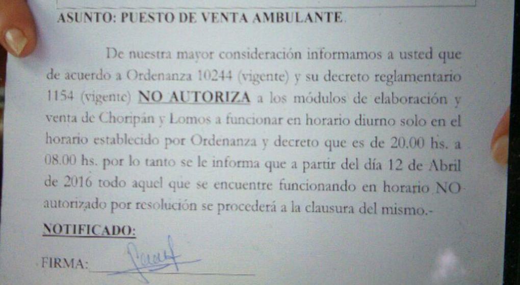 Tensi n entre choripaneros y el municipio por una for Notificacion ministerio del interior