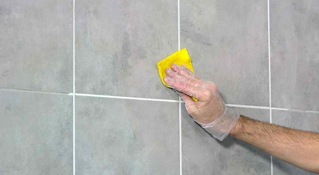 C mo renovar la pastina de los azulejos noticias al - Como quitar manchas del piso de ceramica ...
