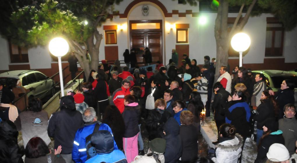Hicieron otra marcha de antorchas contra Alicia Kirchner — Santa Cruz
