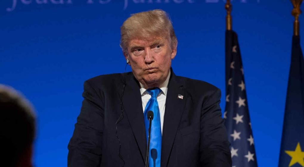Demócrata presenta artículo para juicio político contra Trump