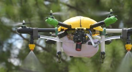 Con el dron fumigador el campo gana precisión y seguridad
