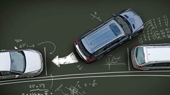 TRUCOS DE MANEJO. Existen dos tipos de estacionamiento que pueden complicarse. El aparcamiento en línea y en batería. Buscá en la nota cómo realizarlos más rápidamente. (Foto Archivo)