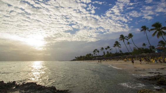 Un soberbio atardecer en Bayahibe. (Ministerio de Turismo República Dominicana)