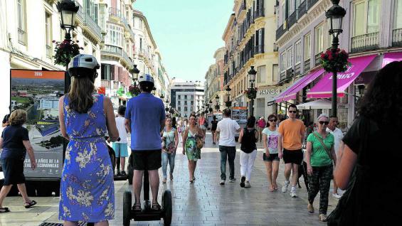 Calle Larios, columna vertebral del centro de Málaga. Es peatonal.