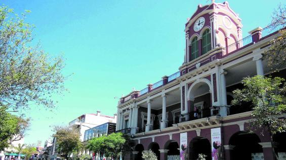 Centro Cultural del Bicentenario, en Santiago del Estero Capital.