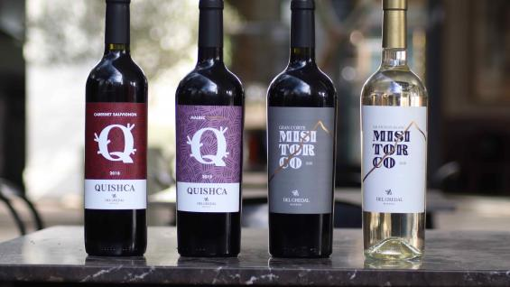 La bodega trabaja dos líneas de vinos. (Del Gredal)