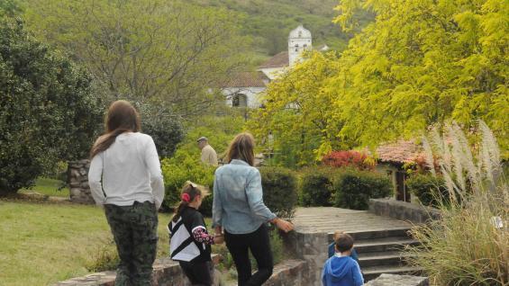 Después del almuerzo, el lugar invita a una caminata por los jardines. (Javier Ferreyra)