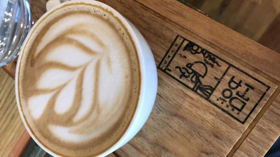 La confitería ubicada en las plantaciones ofrece el mejor café, listo para degustar. (Graciela Cutuli)