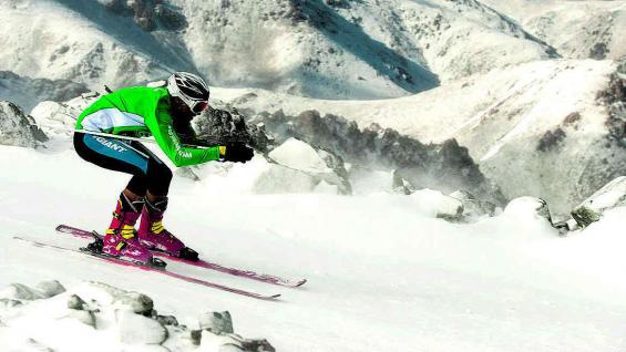 Los participantes deberán cubrir más de tres kilómetros de esquí.