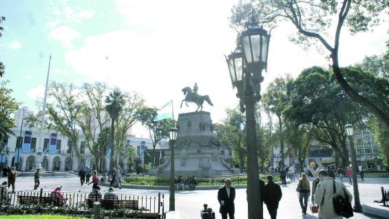 Plaza San Martín, parte del centro histórico de la ciudad y uno de los puntos que los guías destinan a sus actividades.
