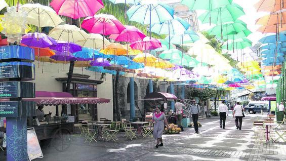 Una calle de Port Louis, la capital de isla Mauricio (Fotografías de Mario Cherrutti)