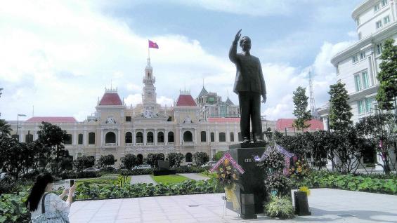 Ho Chi Minh City, ex-Saigón, la urbe más grande de Vietnam. Las cruentas guerras quedaron en la historia y hoy el país es un atractivo y creciente polo turístico.
