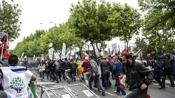 TURQUÍA. Las marchas por el Día del Trabajador (AP).