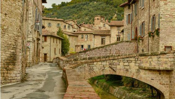 En Umbría también hay de estos pequeños pueblitos medievales. (Pixabay)