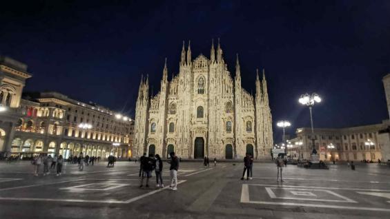 Duomo de Milán. Italia le puso fecha a la apertura de sus fronteras a los turistas internacionales. (Carla Oller)
