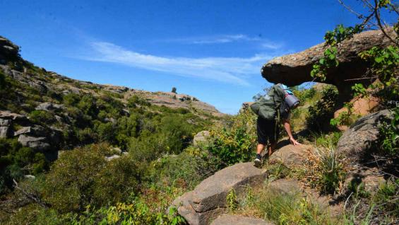El paisaje rocoso invita a hacer un poco de aventura. (Juan Montiel)