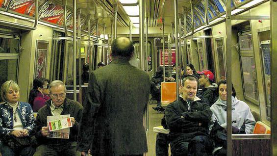 """El """"subway"""" o metro (subterráneo). Limpio, seguro y puntual."""