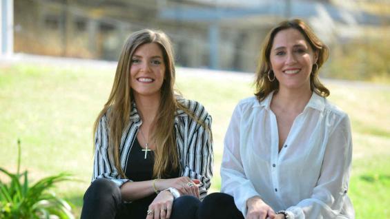 Antonella Bostico y María Florencia Sevilla, integrantes de la red de agencias de One Trip. (José Hernández/La Voz)