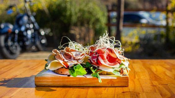 La gastronomía en estos lugares merece un capítulo aparte. (@carchercoles)