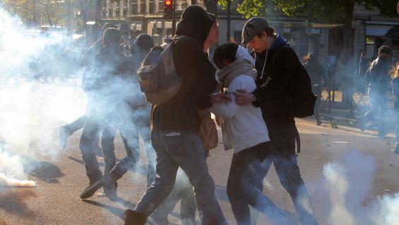 PARÍS. Las marchas por el Día del Trabajador (AP).
