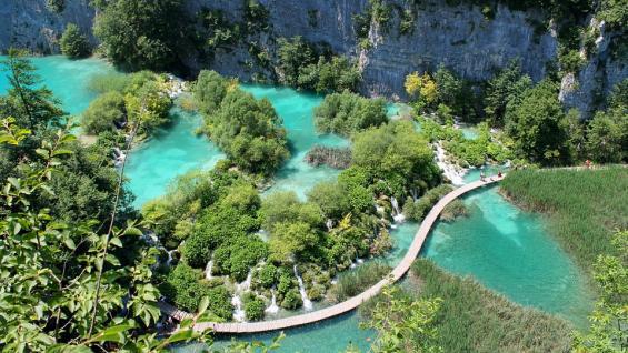 Lagos de Plitvice. Es el parque más conocido de Croacia, declarado Patrimonio de la Humanidad por la UNESCO. / Pixabay
