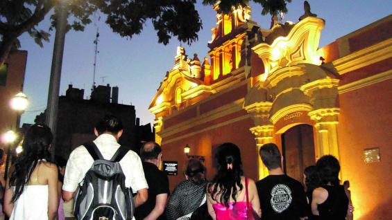 Fachada del museo Juan de Tejeda, entre cuyos centenarios muros se evocan las pasiones de sus antiguos moradores.