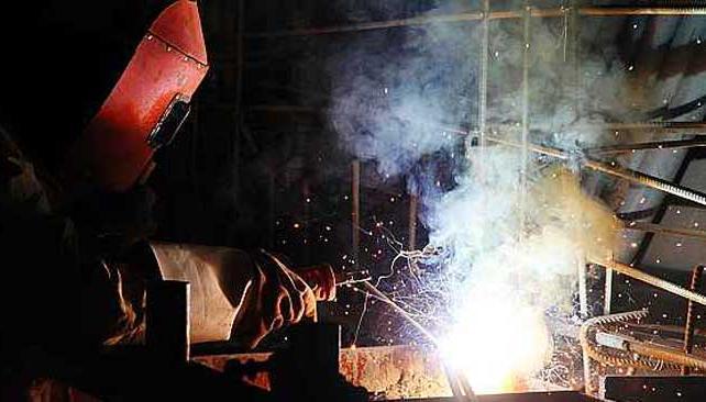 A buen ritmo. El sector metalúrgico recuperó niveles de actividad de la mano de la industria automotriz y del agro (AP).
