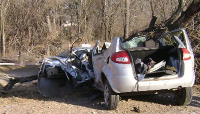 Terrible. Los seis jóvenes volvían a sus hogares por la ruta 5, en un Ford Ka. El drama hizo recordar la tragedia del Ford Ka en 2007, a la salida de Carlos Paz (La Voz).
