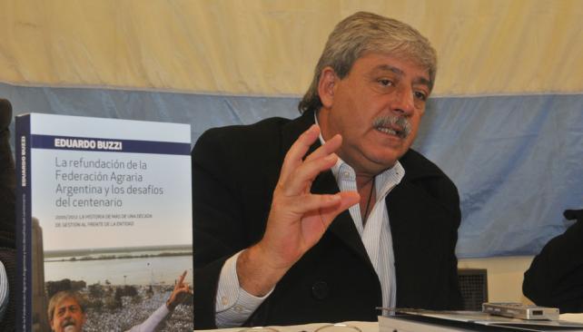 BUZZI. El  presidente de la Federación Agraria presenta su  libro (Raimundo Viñuelas).