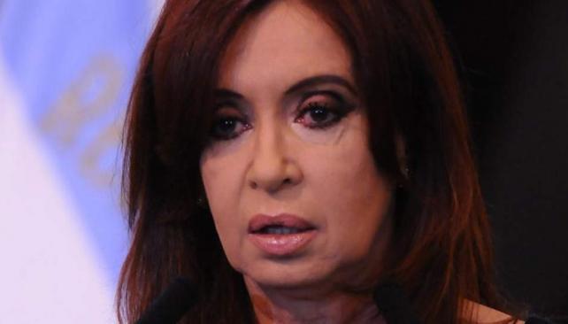 Balance. Cristina Fernández deja que sus espadas operen por su posible re-reelección en 2015 (DyN).